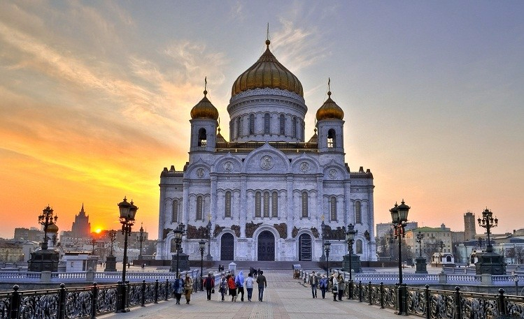 cathedral-of-christ-the-saviour-1